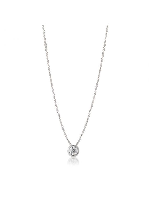 Solitaire diamond pendant with 45cm chain.