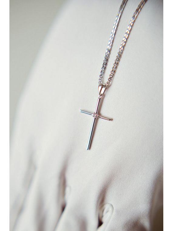 0,035 Карат крест с бриллиантом из белого золота